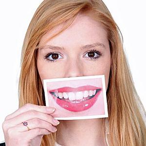 Mit diesen Zähnen gefällt sich Sahra K.
